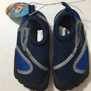 Just Speed | Kids Water shoes size 6 color blue.